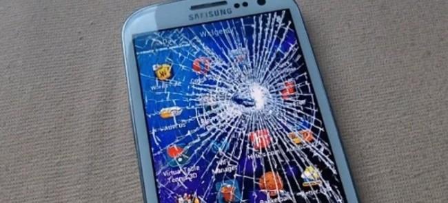 Разбитый телефон Андроид